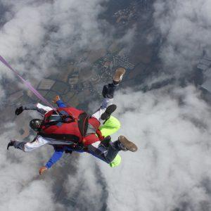 Skok spadochronowy mazury